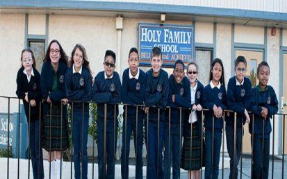Tìm hiểu trường Holy Family school, du học Mỹ